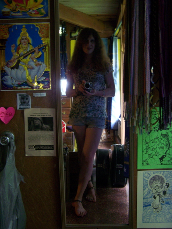 This is me, Barefoot Justine (Mara Andersen), finally wearing shorts for the first time since I was 12!